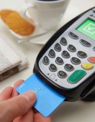 emv chip card reader at a restaurant