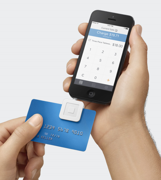 Mobile credit card reader with smartphone